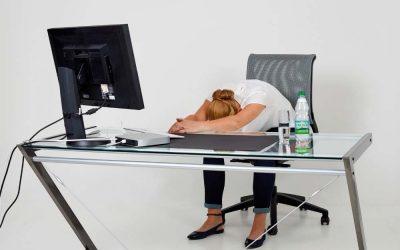Fit im Büro mit den Gesundland-Experten – Übung 3: Hängematte